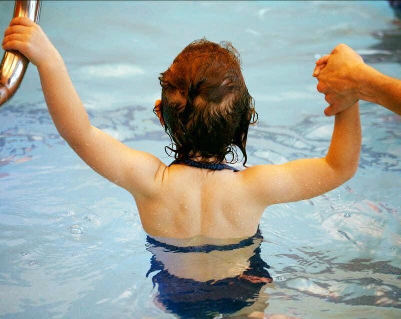 Des cours de natation animés par des enseignants diplômés